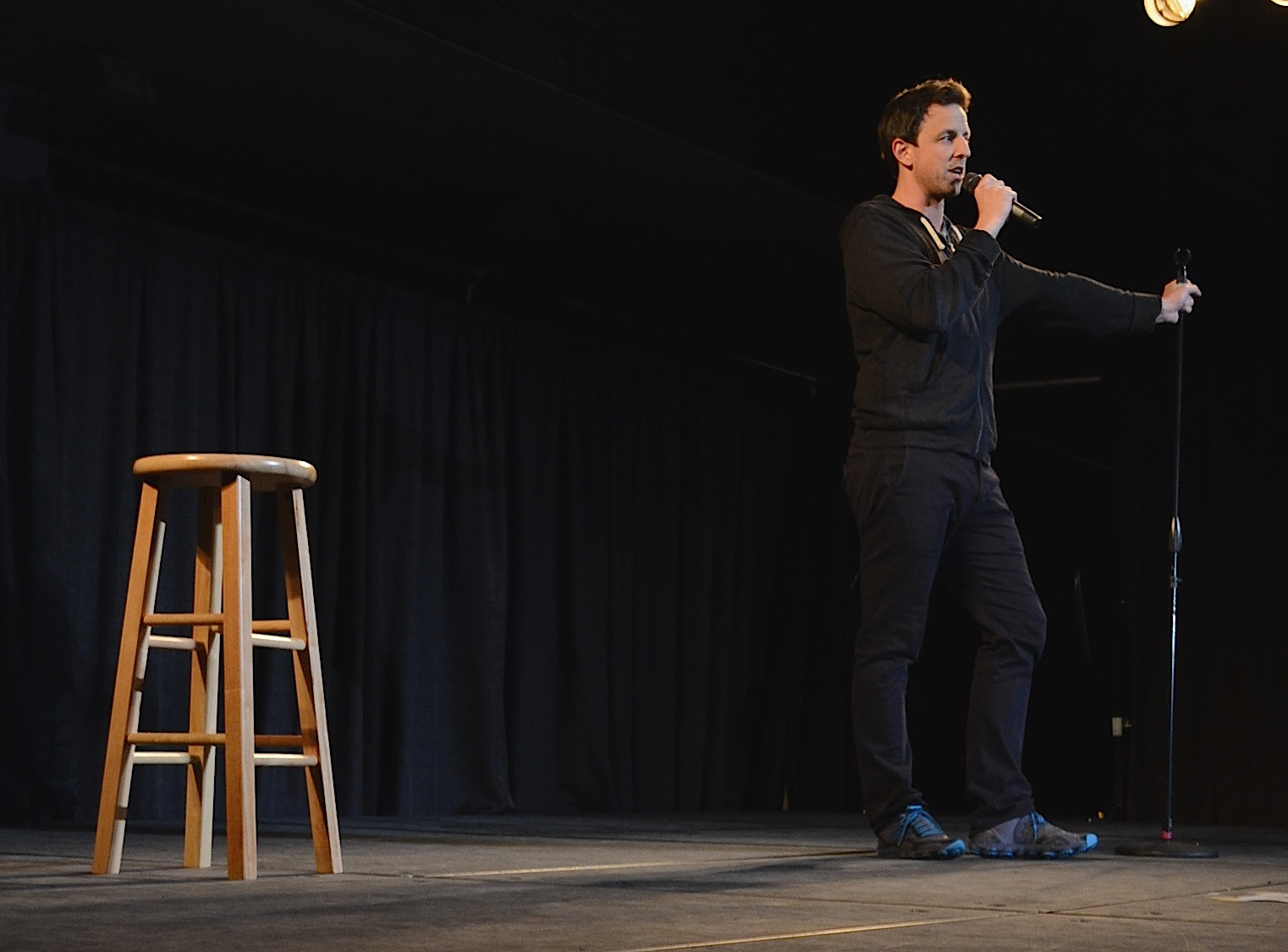 Seth Meyers performs stand-up Friday to over 1000 BU students. | Photo by Cecilia Weddell