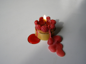 Combining the relaxing chemical properties of berries with the soothing scent of candles. Genius. | Courtesy of Flickr user Eva the Weaver