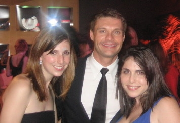 Ryan Seacrest being popular with young people in 2006. | Photo courtesy of Jess Lander via Wikimedia Commons