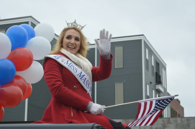 Miss Massachusetts waves at the crowd.